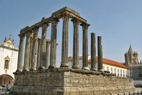 Lisbon: Full Day Private Guided Tour to Évora and Monsaraz