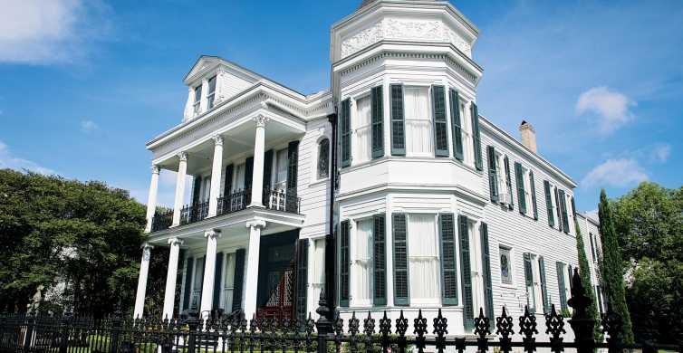 New Orleans: 2-Hour Garden District & Cemetery Walking Tour