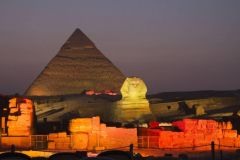 Cairo: Show de Luz e Som nas Pirâmides de Gizé c/ Traslados