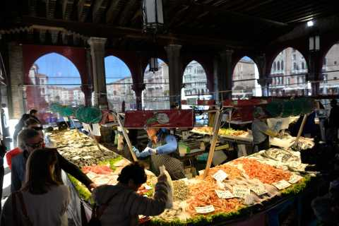 Venice: Rialto Market Tour, Hands-On Cooking Class & Lunch