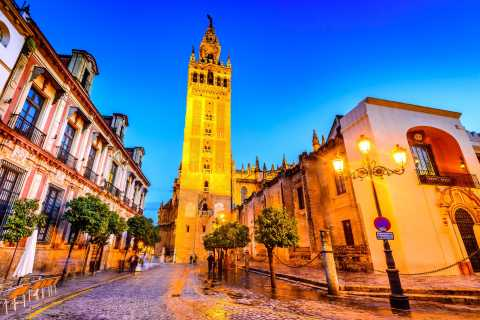 Seville: Secrets of the City Guided Night Tour