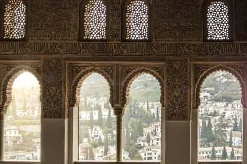 Granada: Alhambra, Nasrid Palaces & Generalife Private Tour