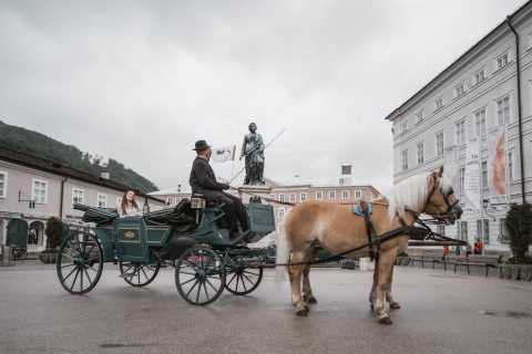 Salzburg: Horse & Carriage Ride with Austrian Delicacies