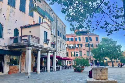 Venice: Private Cannaregio and Jewish Quarter Tour