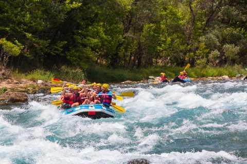Do lado: Rafting em Whitewater no Koprulu Canyon