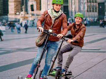 Köln: Geführte E-Scooter-Tour
