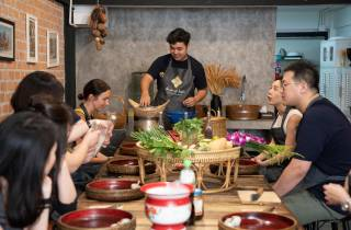 Bangkok: Aktiver Thai-Kochkurs mit Si Lom Marktbesuch