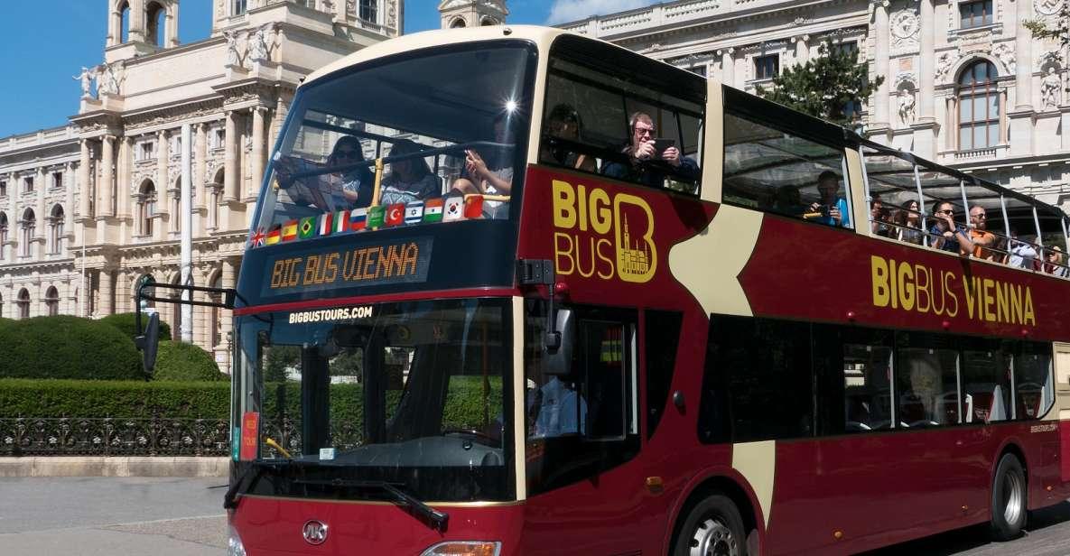 Wien: Ticket für Hop-On/Hop-Off-Bustour mit W-LAN