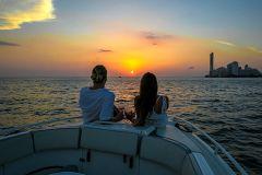 Cartagena: Festa no Barco ao Entardecer com Cerveja
