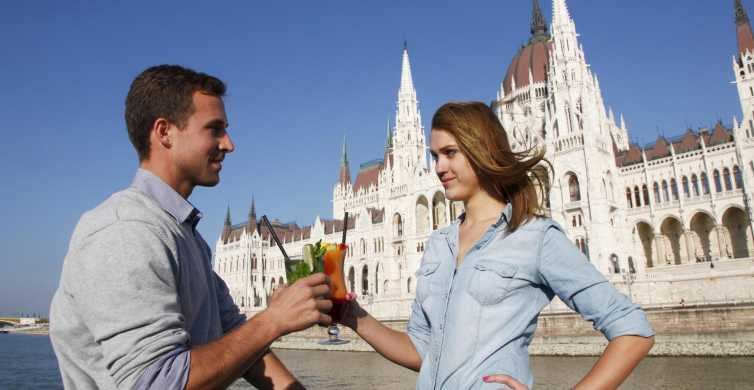 Budapeste: Cruzeiro de Uma Hora e Meia c/ Opções de Bebida
