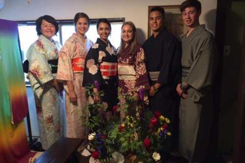 Kyoto: Morning Ikebana Class (Japanese Flower Arrangement)