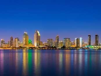 San Diego: Lichter der Stadt bei Nacht