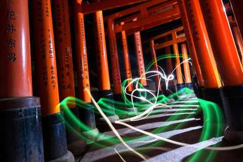 Kyoto: Fushimi Inari Shrine After Dusk Photography Tour