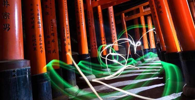 Kyoto: Fushimi Inari Shrine After Dusk Photography Tour
