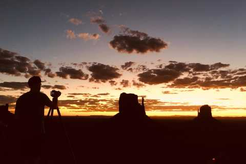 Monument Valley: Tour bei Sonnenuntergang