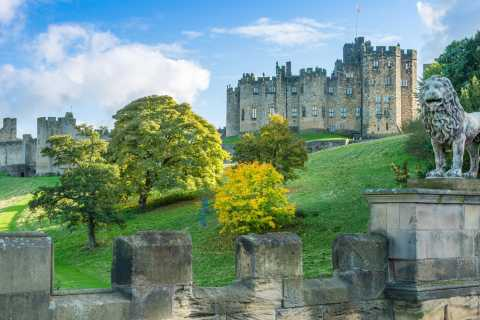 Alnwick Castle, Northumberland & Scottish Borders 1-Day Tour
