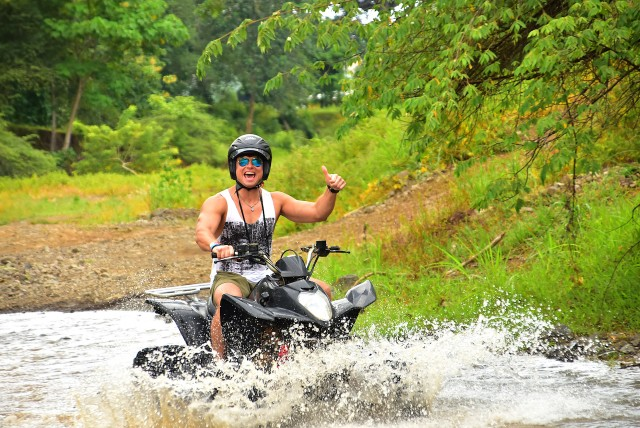 Jaco: Zip Line en ATV Adventure Combo Tour