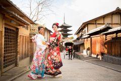 Quioto: Aluguer de quimono premium de 1 dia