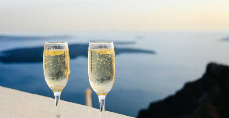 Santorini: Wine Tour with Sunset in Oia