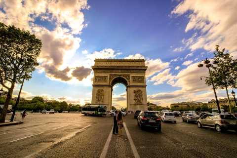 Paris: Arc de Triomphe & Bootsfahrt auf der Seine