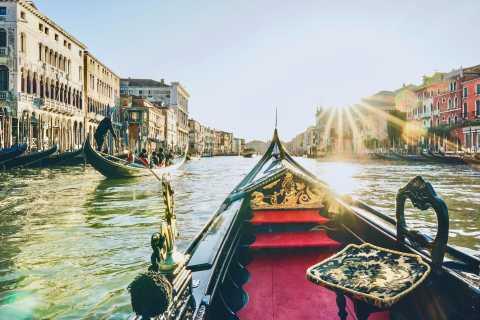 Venezia: giro condiviso in gondola nella città lagunare