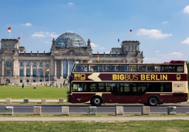 What to do in Berlin - Berlin: Hop-On Hop-Off Sightseeing Tour with Optional Cruise