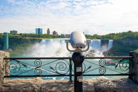 Toronto: Niagara Falls Premium Day Trip with Optional Cruise