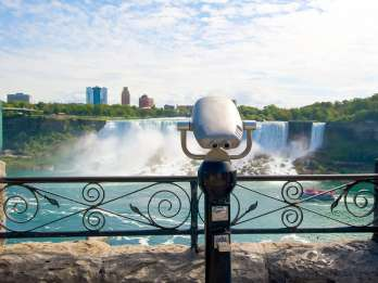 Toronto: Niagarafälle Premium-Tagestour mit Bootstour-Option