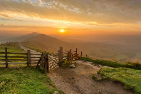 From Manchester: Derbyshire and Peak District Day Trip