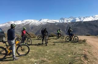 Sierra Nevada: Kleingruppentour mit E-Bikes