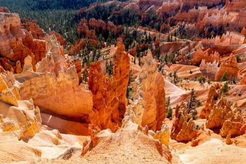 From Las Vegas: Bryce and Zion National Park Guided Tour