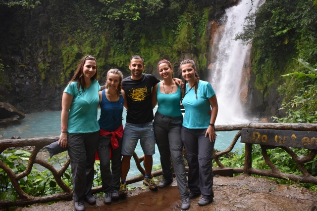 La Fortuna: Rio Celeste Hike en Don Alexis Farm