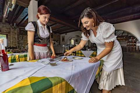 Heraklion: Authentic Greek Food Cooking Class