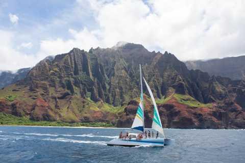 Kauai: Napali Coast Sunset Sail with Buffet Dinner