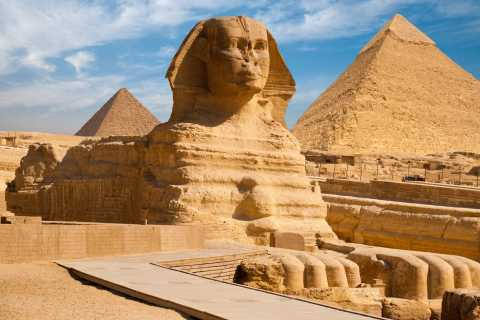 Private Transfer: Hurghada to Pyramids, Sphinx, Museum
