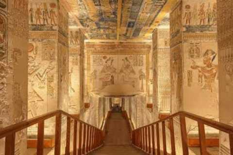 Hurghada: Private Transfer to Luxor & Valley of the Kings