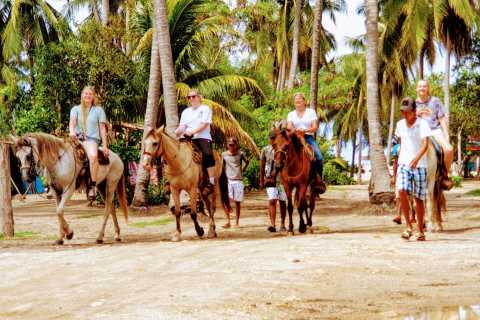 Acapulco: Horse Riding, Turtle Release & Crocodile Farm Tour