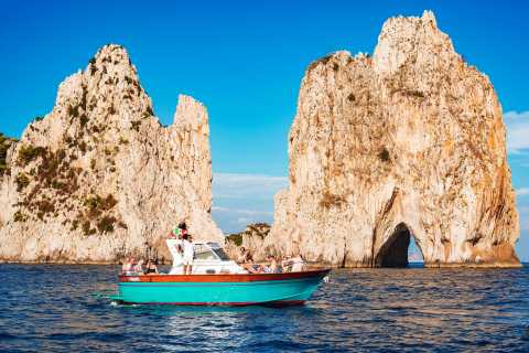 From Amalfi: Small Group Boat Excursion to Capri Island