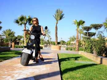 Marrakesch: Sightseeing-Tour per EcoScooter