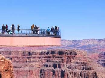 Las Vegas: Grand Canyon, Hoover-Dam & 7 Magic Mountains Tour