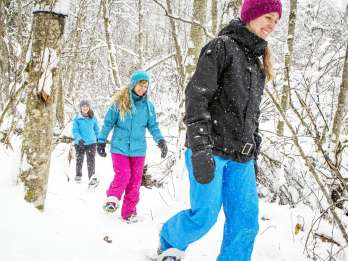 Quebec City: Schneeschuhwanderung durch den Jacques-Cartier-Nationalpark