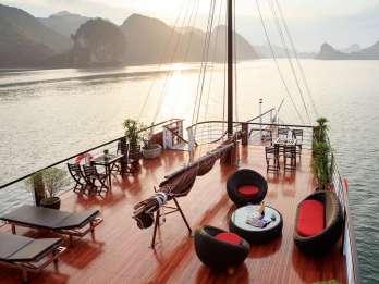 Ab Hanoi: Halong-Lan-Ha-Bucht mit Mittagessen und Kayaking