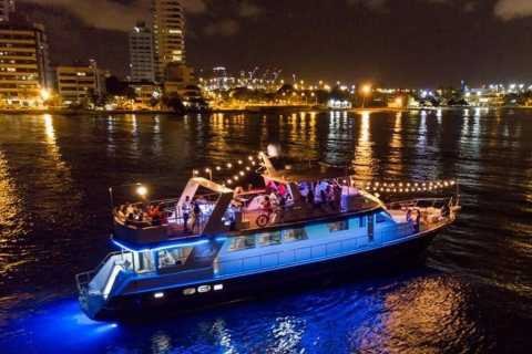 Cartagena: Cruise by the Bay with Dinner and Wine