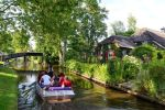From Amsterdam: Private Tour to Giethoorn in Spanish