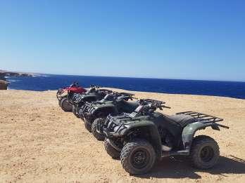 Hurghada: Quad-Tour bei Sonnenuntergang am Meer & den Bergen