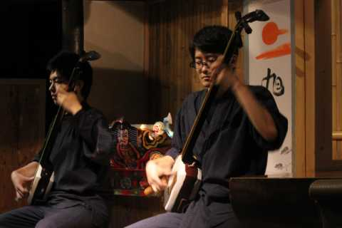 Asakusa: History Tour and Live Performance with Lunch