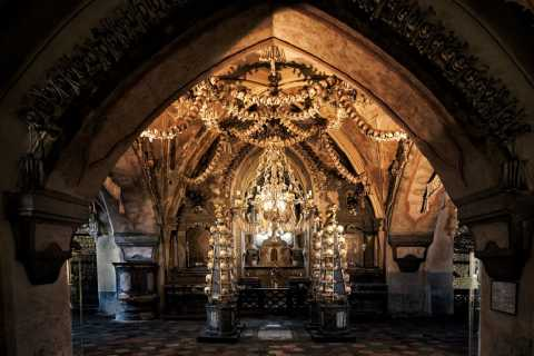 From Prague: Kutna Hora and Sedlec Ossuary Day Trip