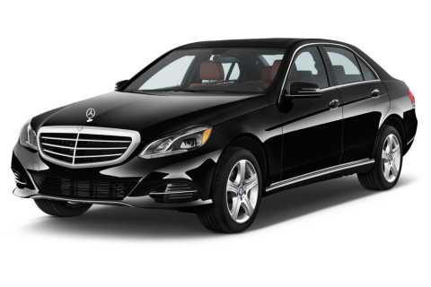 Reykjavik: Private Luxury Airport Transfer Service
