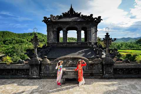 Da Nang: Small-Group Hue Imperial City and Hai Van Pass Tour