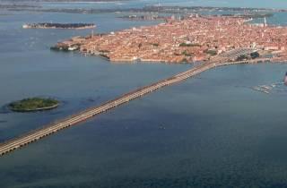 Ab Venedig: Highspeed-Zug nach Mailand mit Tour durch Verona